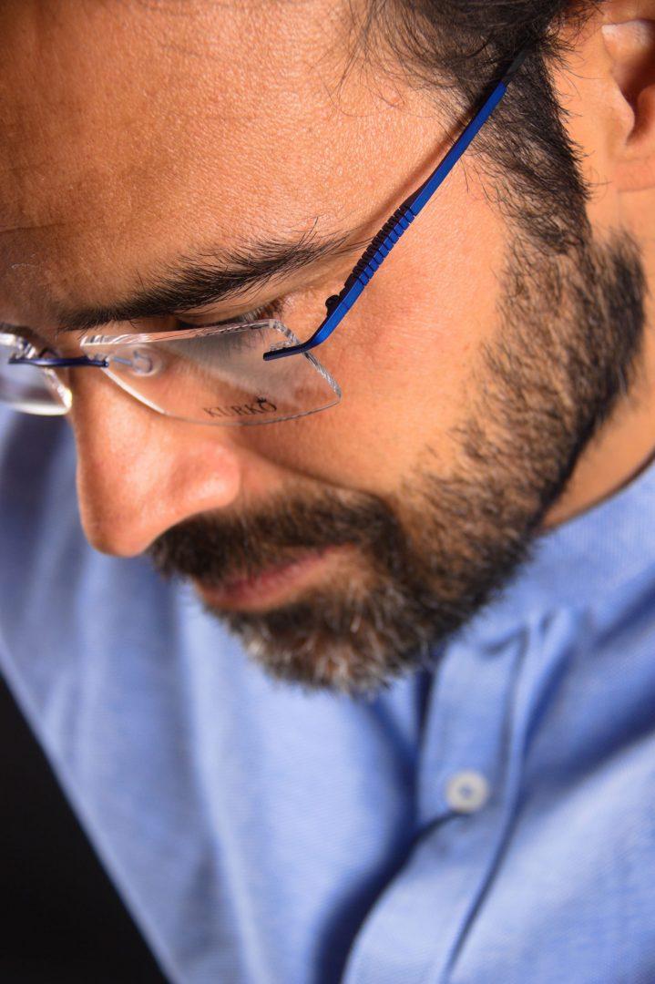 gafas al aire azul